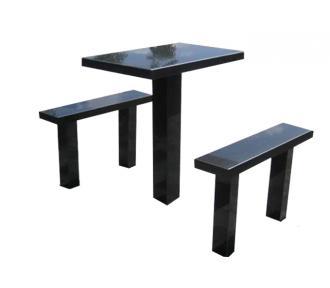 Столики и<br>скамейки